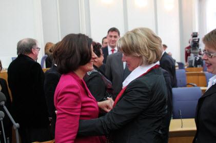 Herzlich gratuliert Astrid Schmidt, MdL, Malu Dreyer zur Wahl als neue  Ministerpräsidentin.
