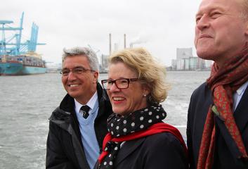 Allianz mit Hafen Rotterdam
